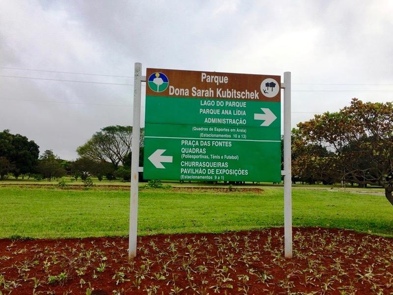 Parque Dona Sara Kubitschek bloqueado para veículos