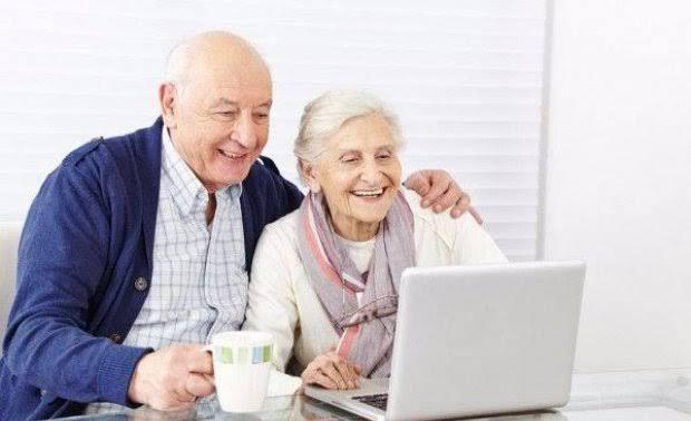 UniCEUB abre curso gratuito de informática para idosos